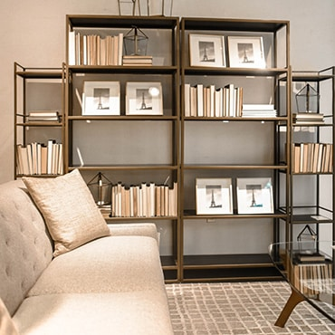 Minimalistic Book Shelf